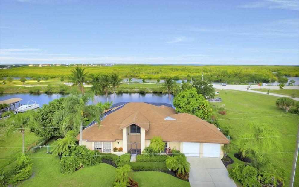 424 SW 39th Ave, Cape Coral - House For Sale 594009648