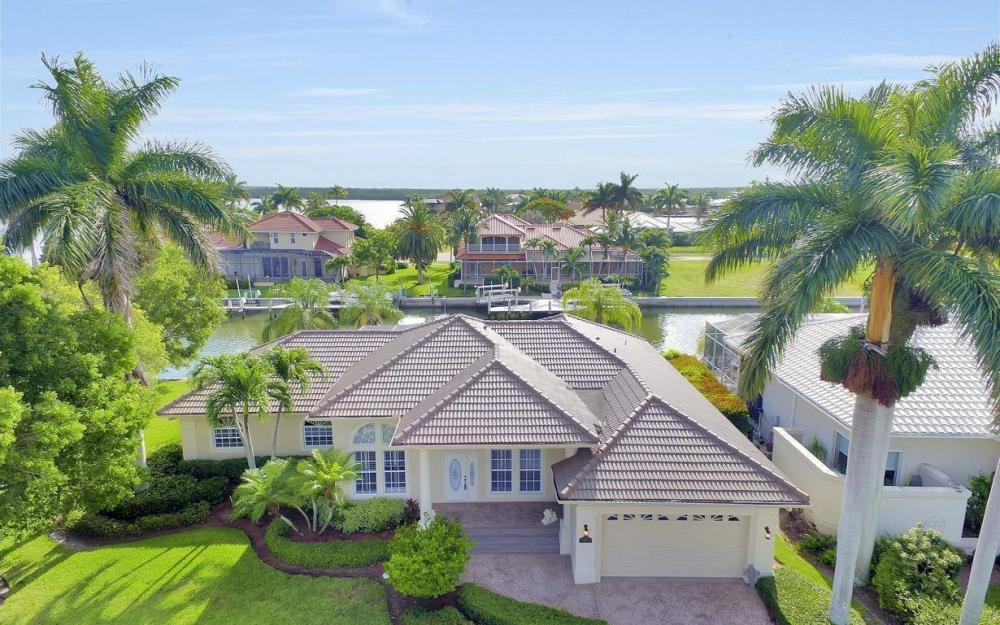 237 Windbrook Ct, Marco Island - House For Sale 797058551