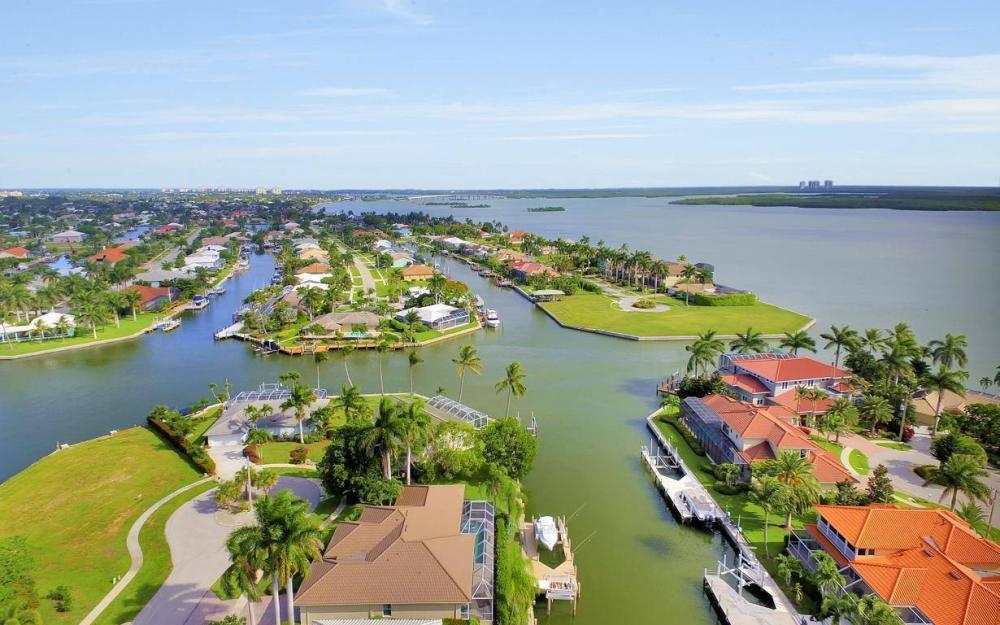 237 Windbrook Ct, Marco Island - House For Sale 181509220