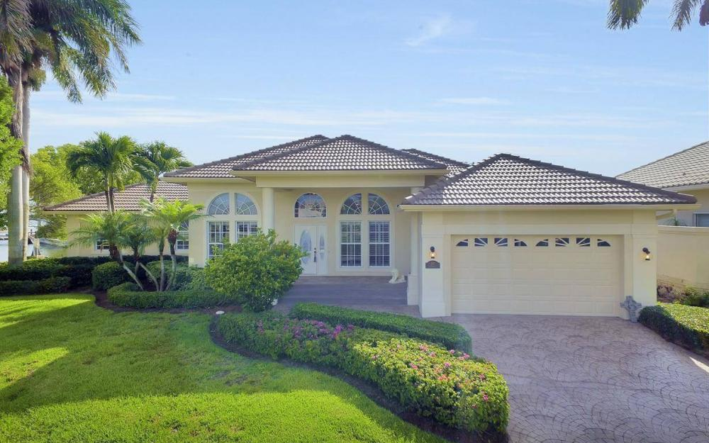 237 Windbrook Ct, Marco Island - House For Sale 2109782968