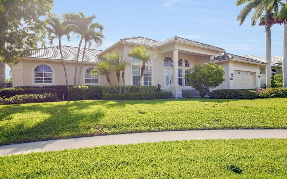 237 Windbrook Ct, Marco Island - House For Sale 295370550