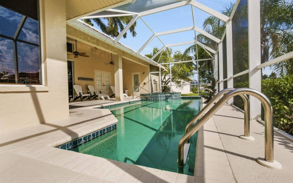 237 Windbrook Ct, Marco Island - House For Sale 2069855372