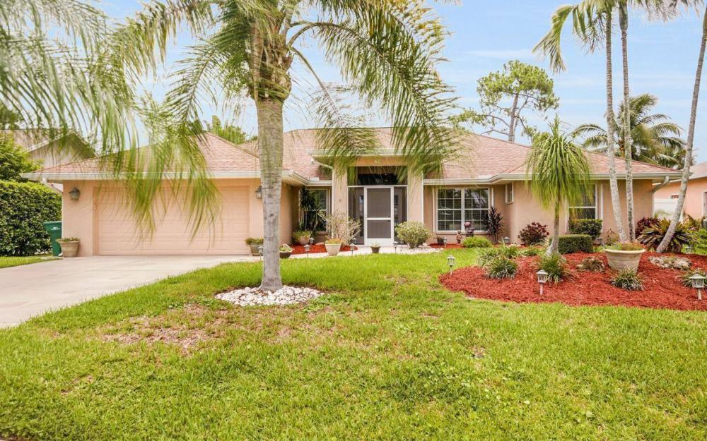 67 Erie Dr, Naples - House For Sale 318471301
