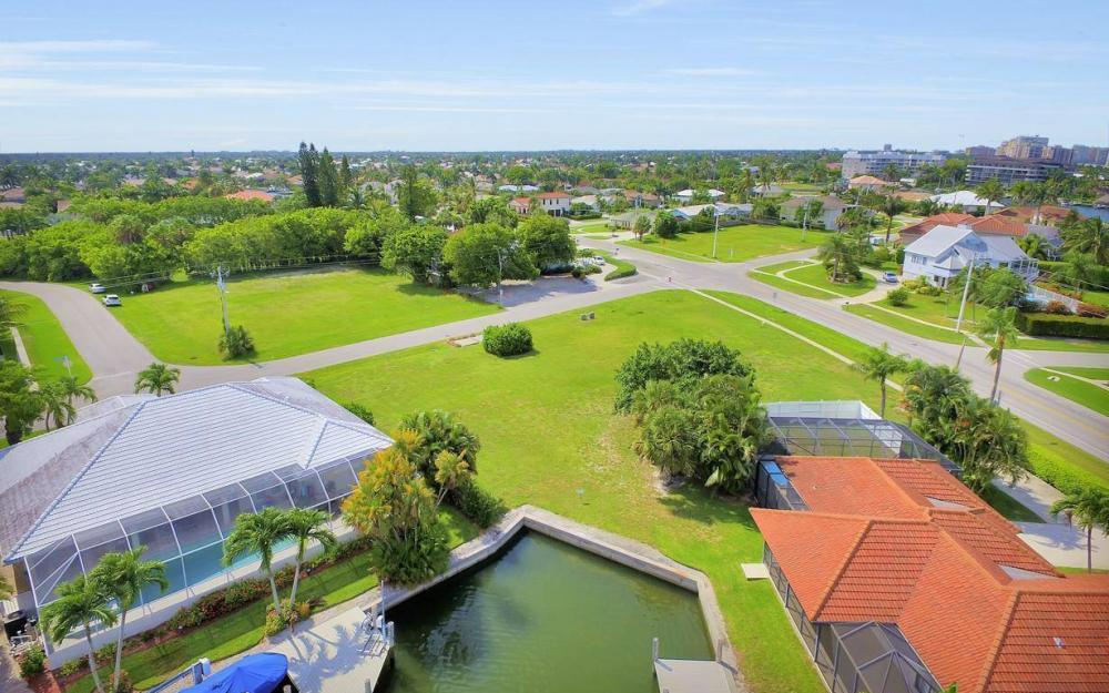 440 Century Dr, Marco Island - Lot For Sale 743628061