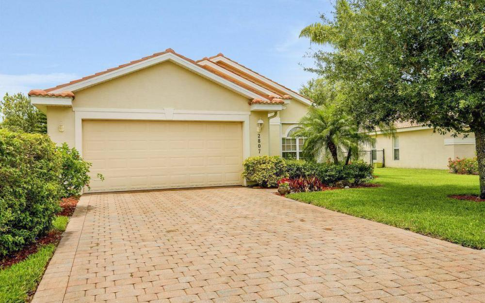 2807 Orange Grove Trail, Naples - House For Sale 807742686