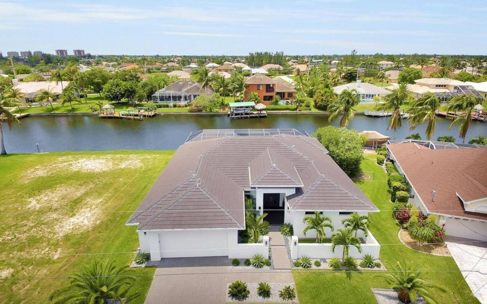 2212 SW 47th Terrace, Cape Coral - House For Sale 416808104