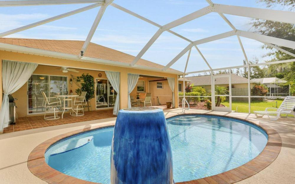 840 SW 23rd St, Cape Coral - House For Sale 83236082