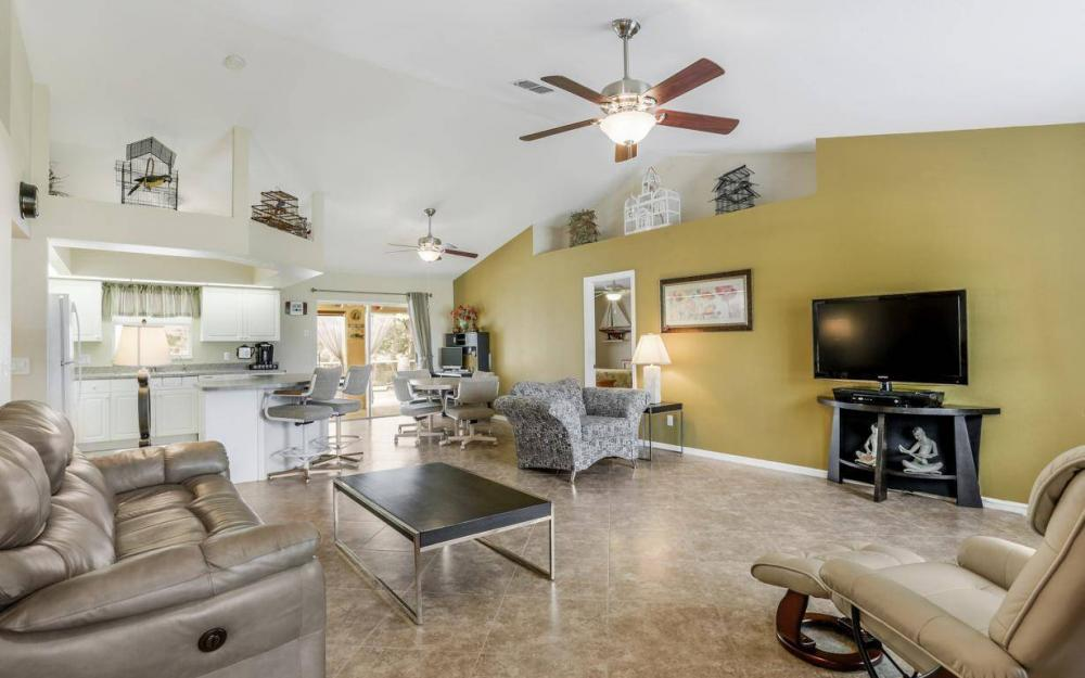 840 SW 23rd St, Cape Coral - House For Sale 1766496722