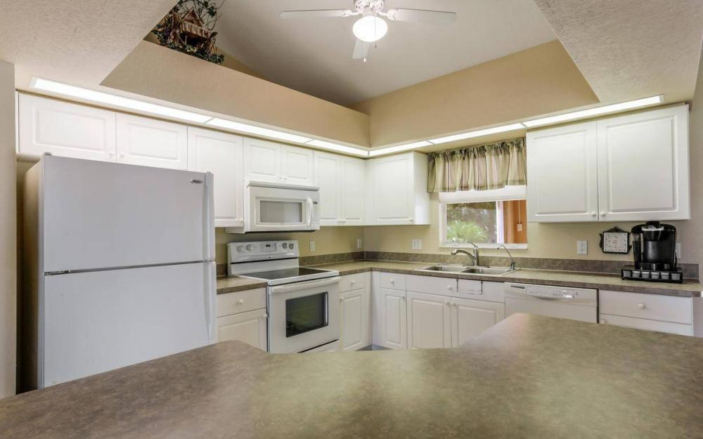 840 SW 23rd St, Cape Coral - House For Sale 75788983