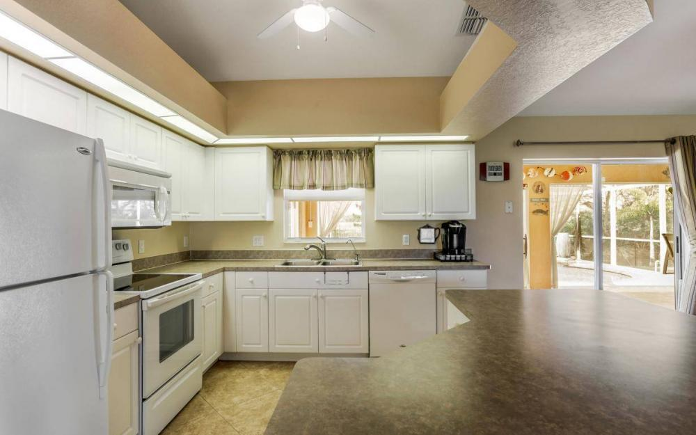 840 SW 23rd St, Cape Coral - House For Sale 2037248380