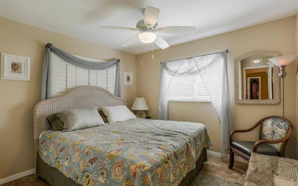 840 SW 23rd St, Cape Coral - House For Sale 870911641