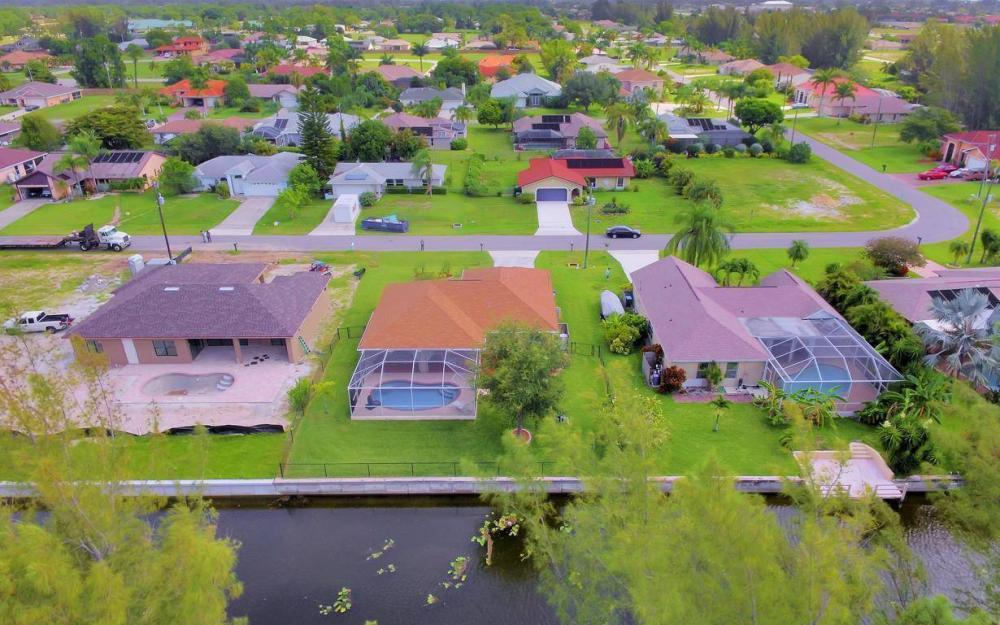 840 SW 23rd St, Cape Coral - House For Sale 410837695