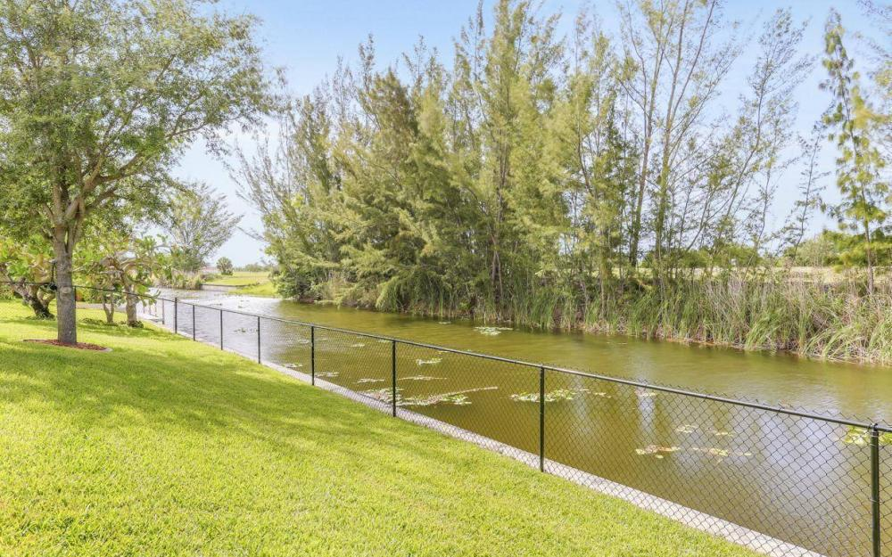 840 SW 23rd St, Cape Coral - House For Sale 1472252598