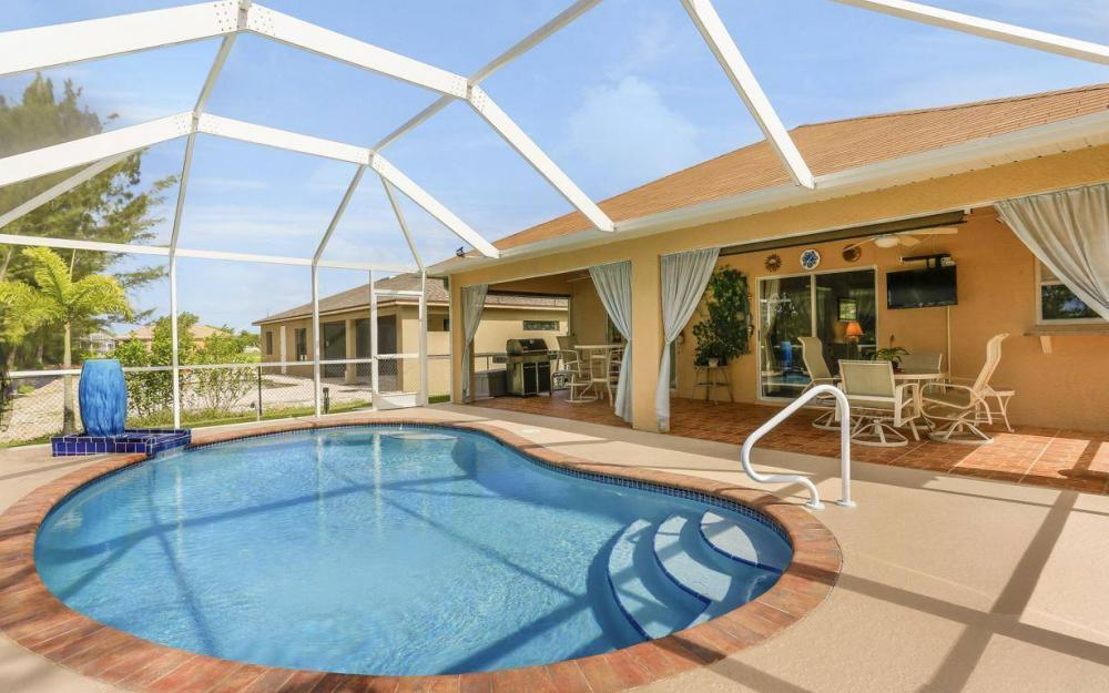 840 SW 23rd St, Cape Coral - House For Sale 1708635511