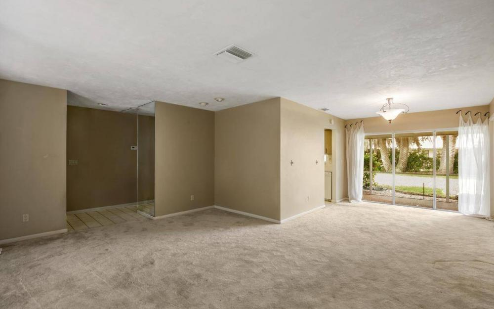 1912 Palaco Grande Pkwy, Cape Coral - House For Sale 2033015595
