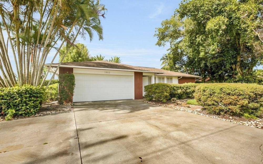 1912 Palaco Grande Pkwy, Cape Coral - House For Sale 730423516