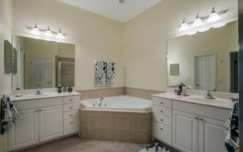 17494 Old Harmony Dr #201, Fort Myers - Home For Sale 413209138