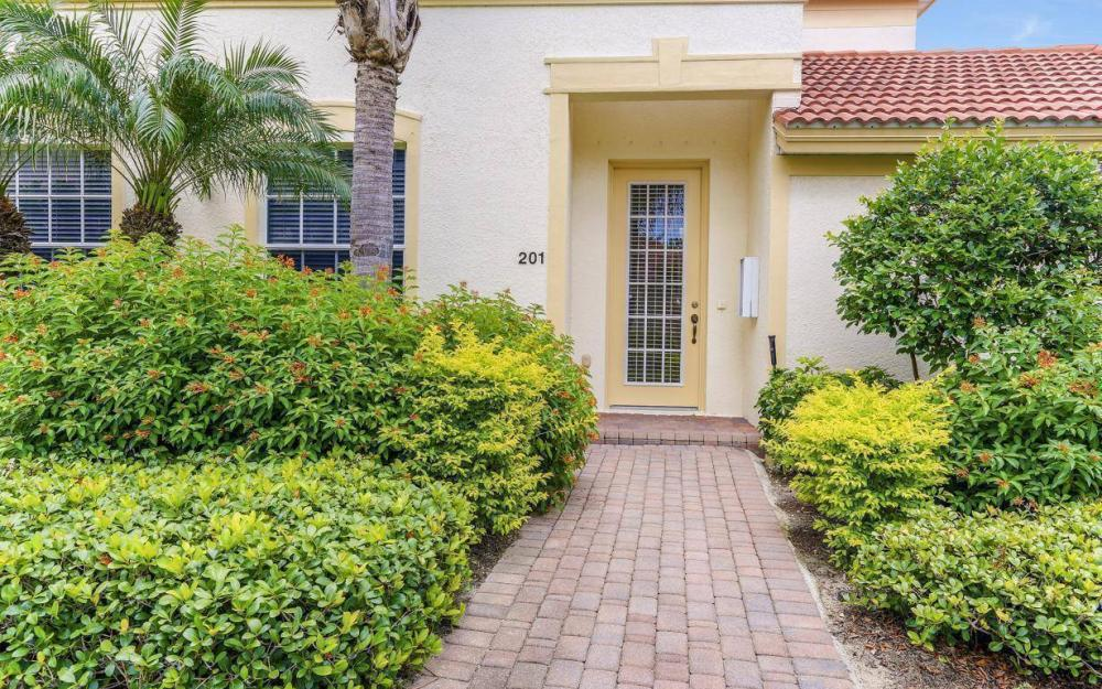 17494 Old Harmony Dr #201, Fort Myers - Home For Sale 1144667653