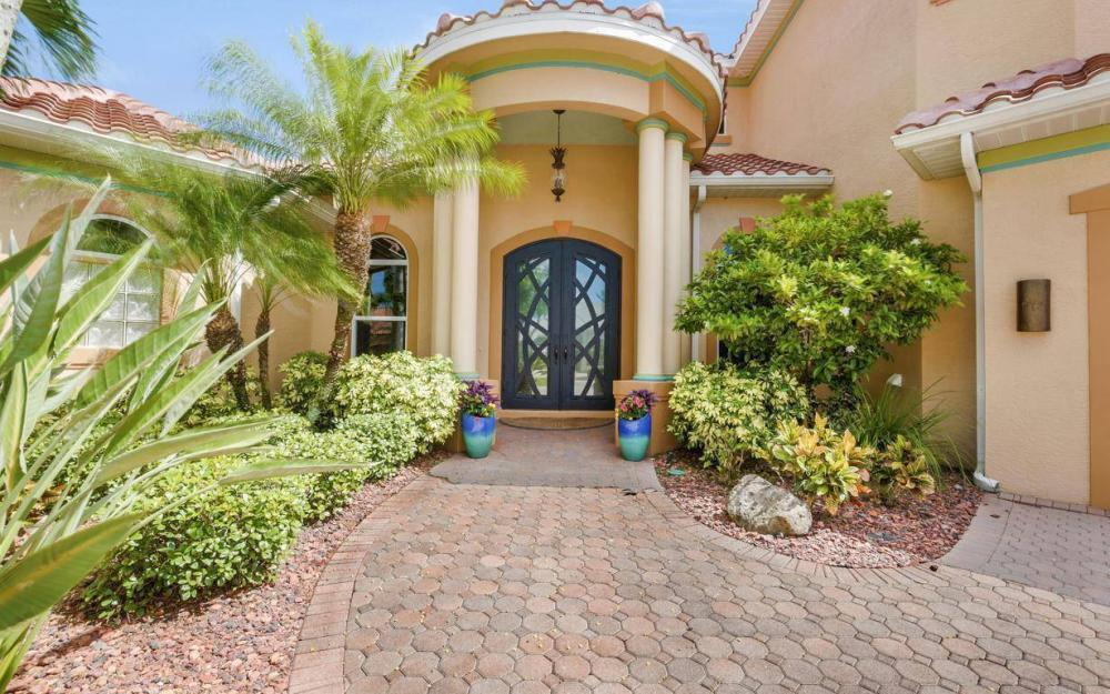 1506 Hermitage Ln, Cape Coral - Estate Home For Sale 159350170