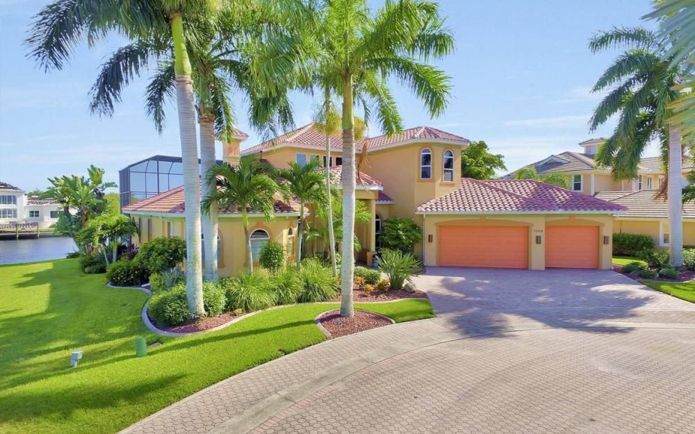 1506 Hermitage Ln, Cape Coral - Estate Home For Sale 2141731618