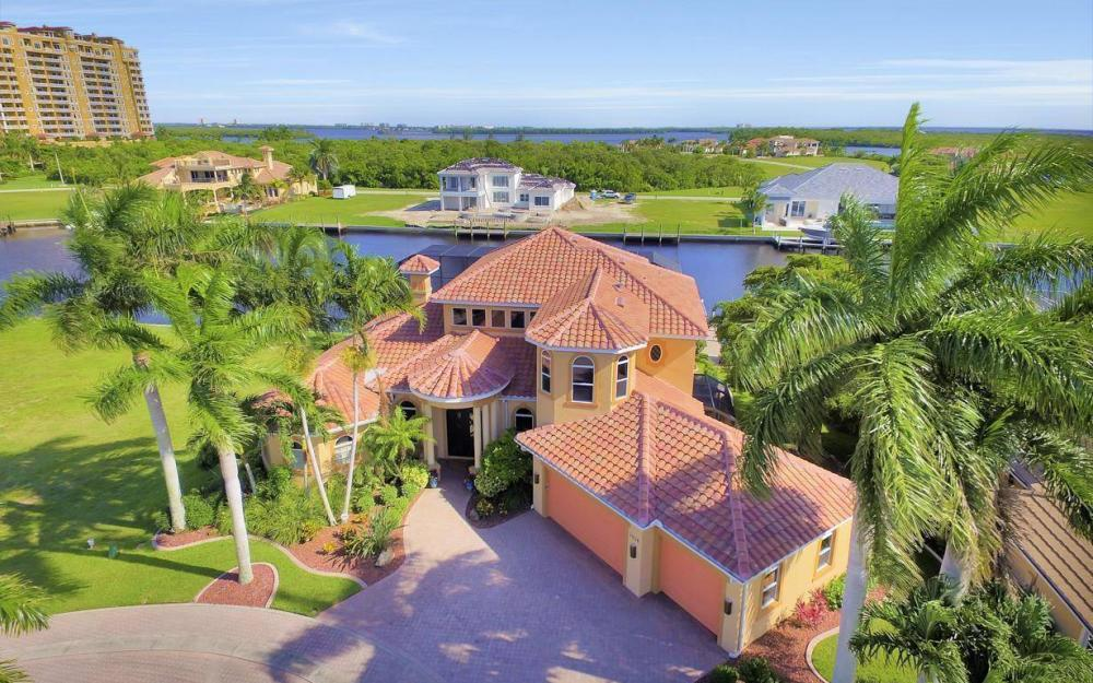 1506 Hermitage Ln, Cape Coral - Estate Home For Sale 1531174930