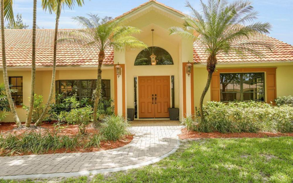 210 Monterey Dr, Naples - Home For Sale 1808835065