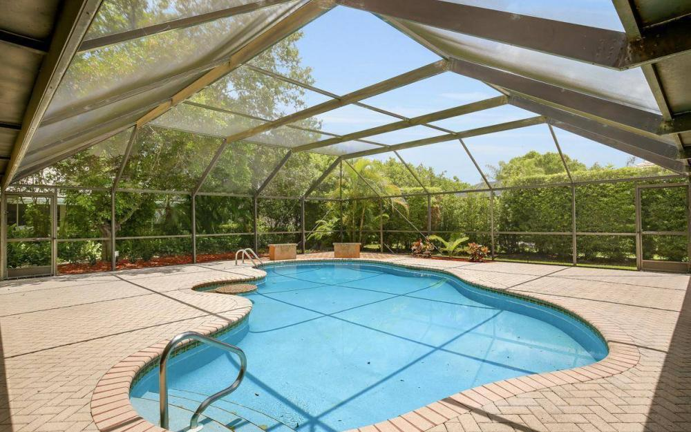 210 Monterey Dr, Naples - Home For Sale 77261364