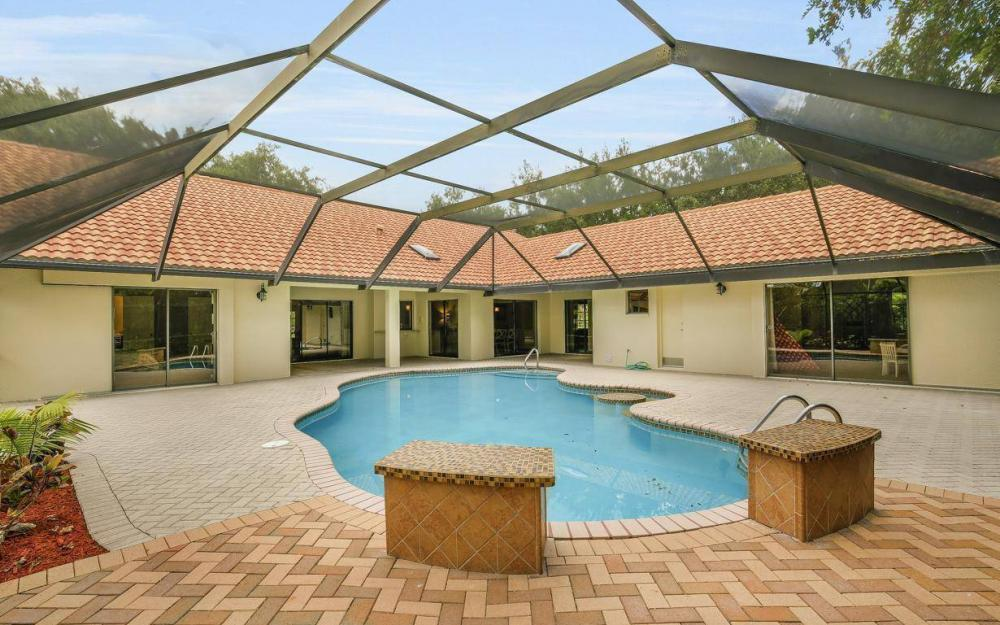 210 Monterey Dr, Naples - Home For Sale 2012747269