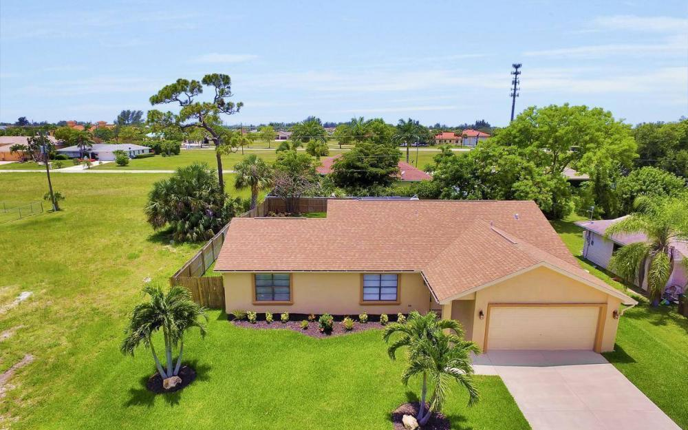 4612 SW 15th Ave, Cape Coral - Home For Sale 935200725