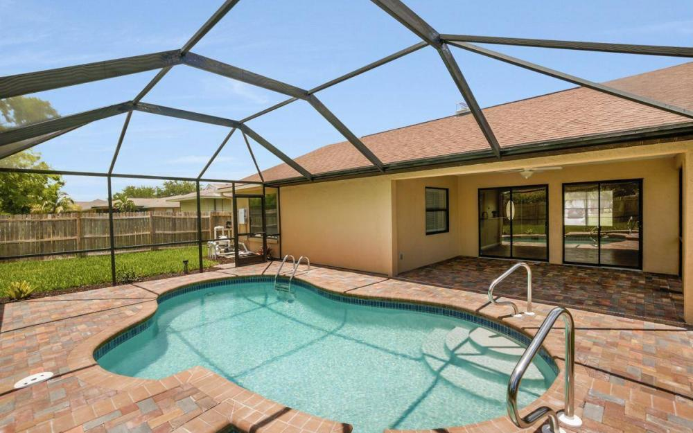 4612 SW 15th Ave, Cape Coral - Home For Sale 1093511753