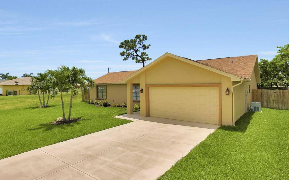 4612 SW 15th Ave, Cape Coral - Home For Sale 1208955160