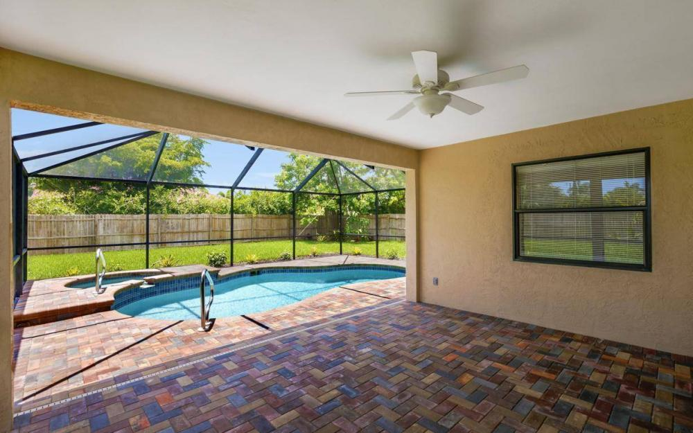 4612 SW 15th Ave, Cape Coral - Home For Sale 530303874