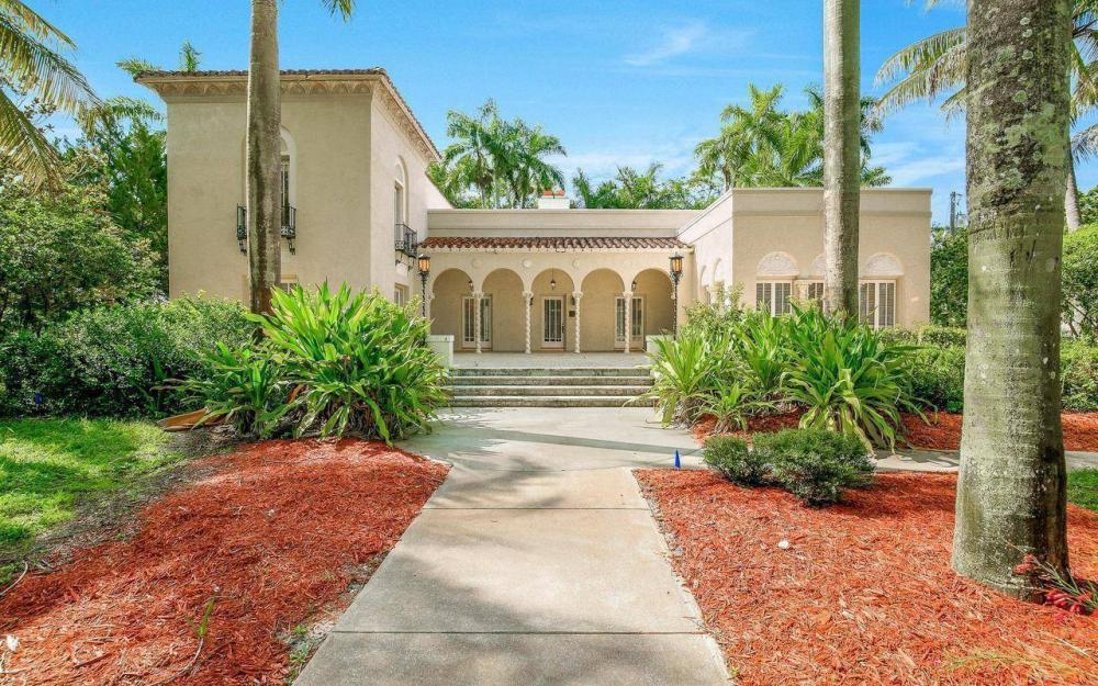 2572 1st St, Fort Myers - Home For Sale 787055818