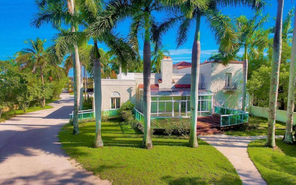 2572 1st St, Fort Myers - Home For Sale 1337415276