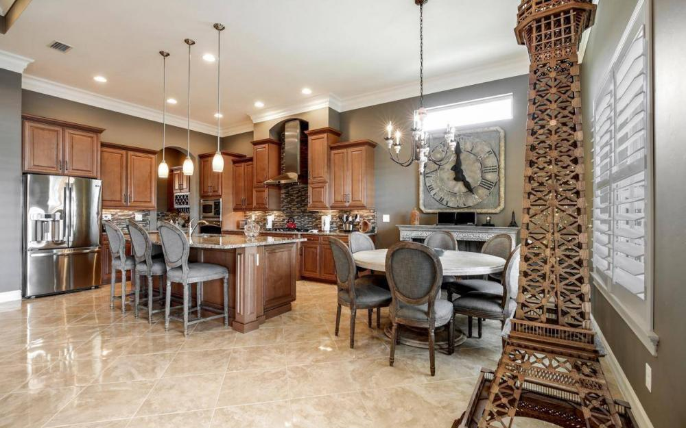 9295 Chiasso Cove Ct, Naples - Home For Sale 886074739