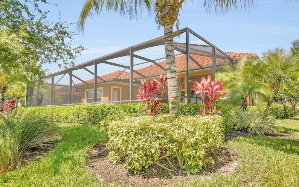 9295 Chiasso Cove Ct, Naples - Home For Sale 533339053