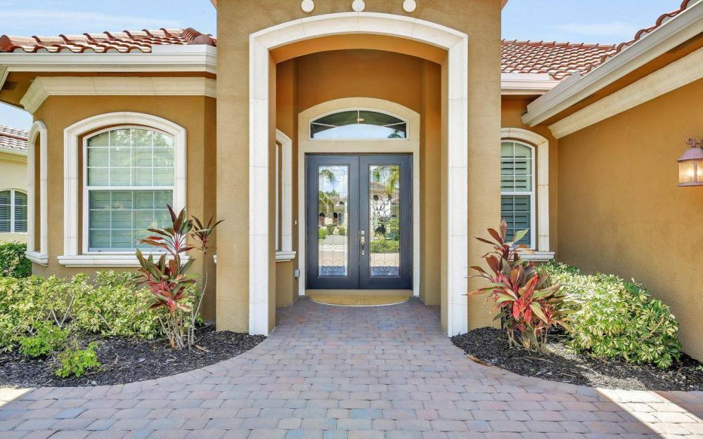9295 Chiasso Cove Ct, Naples - Home For Sale 350552657