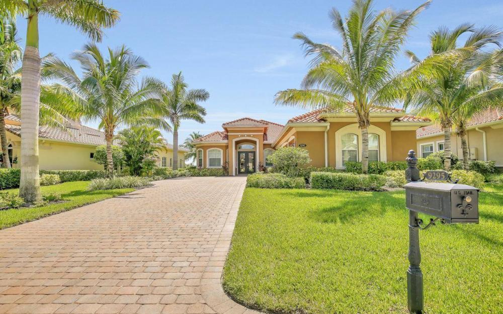 9295 Chiasso Cove Ct, Naples - Home For Sale 467718559