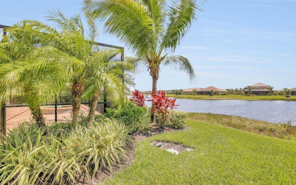 9295 Chiasso Cove Ct, Naples - Home For Sale 874589323