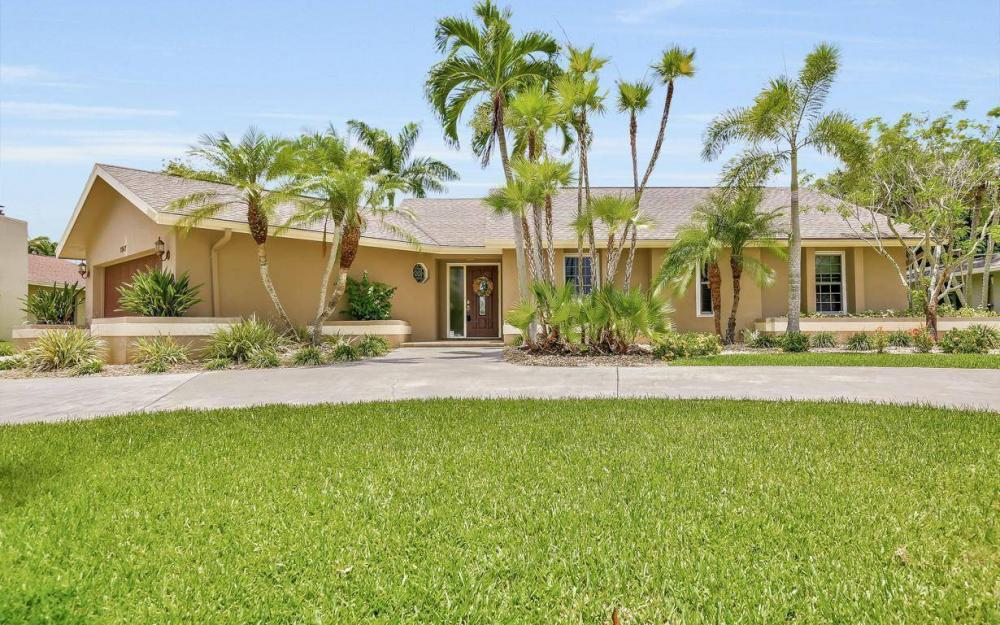 1347 Claret Ct, Fort Myers - Home For Sale 1304986821