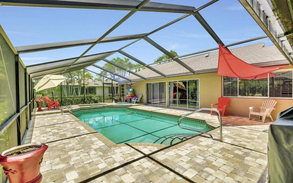 1347 Claret Ct, Fort Myers - Home For Sale 734006322