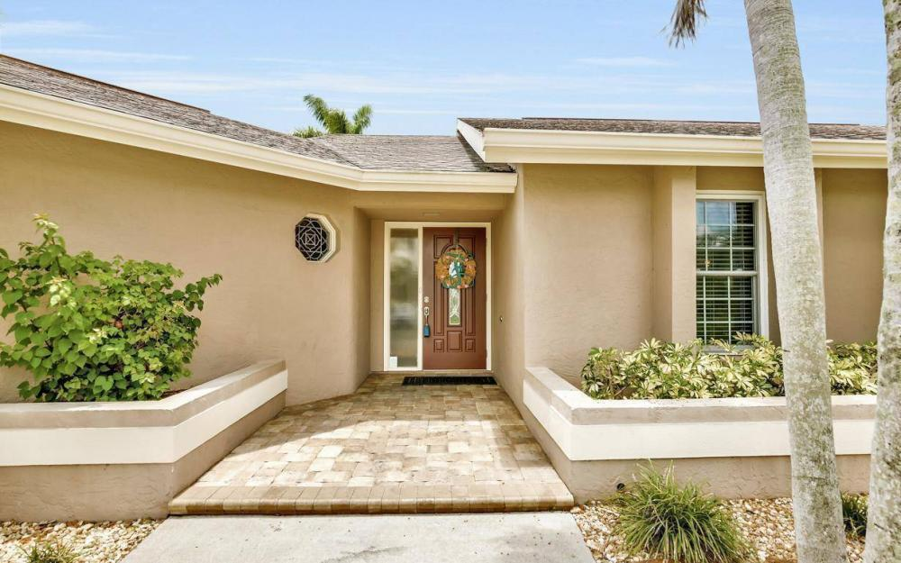1347 Claret Ct, Fort Myers - Home For Sale 445971400