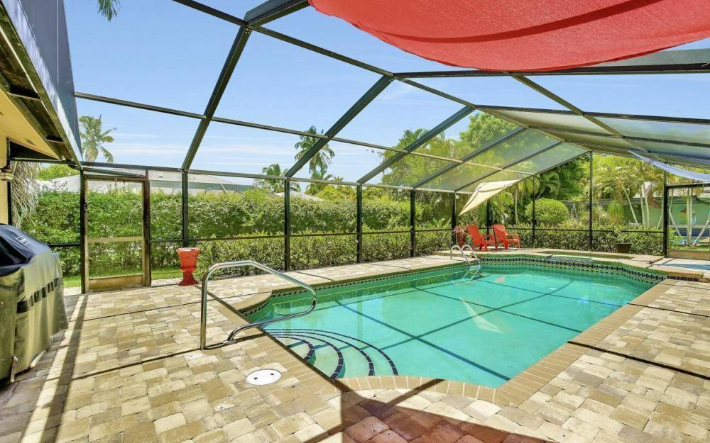 1347 Claret Ct, Fort Myers - Home For Sale 586175768