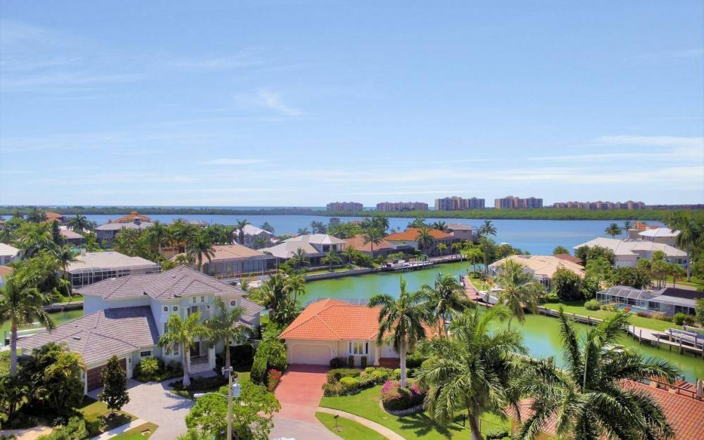 818 Magnolia Ct, Marco Island - Home For Sale 772298520