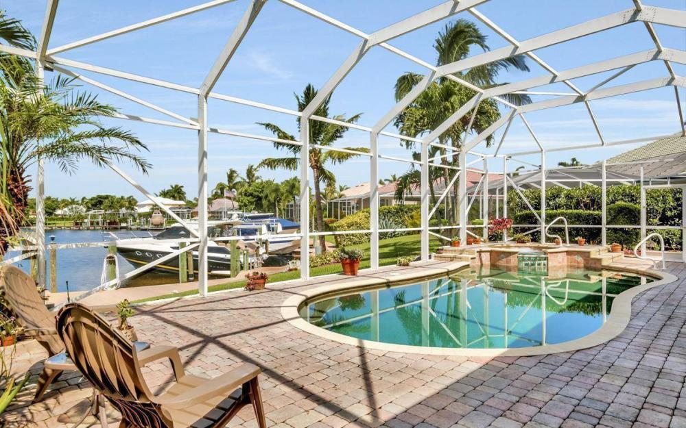 5512 Harbour Cir, Cape Coral - Estate Home For Sale 472813492