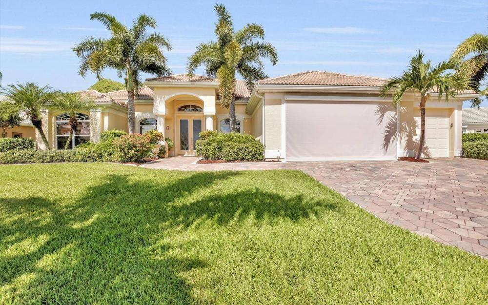 5512 Harbour Cir, Cape Coral - Estate Home For Sale 1929569141