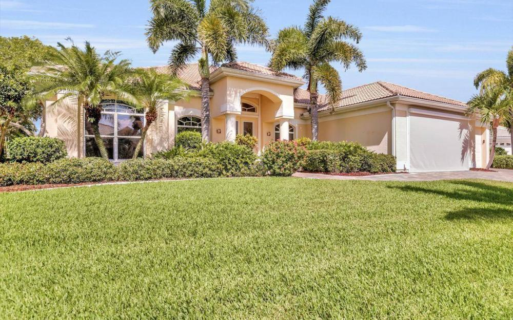 5512 Harbour Cir, Cape Coral - Estate Home For Sale 1680480129