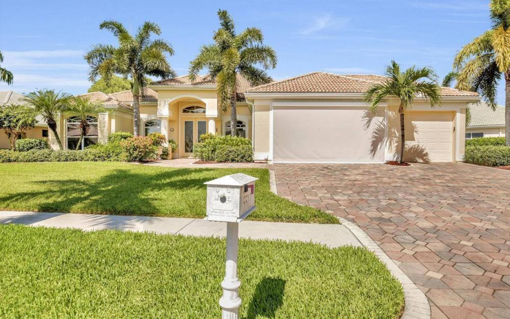 5512 Harbour Cir, Cape Coral - Estate Home For Sale 946437071