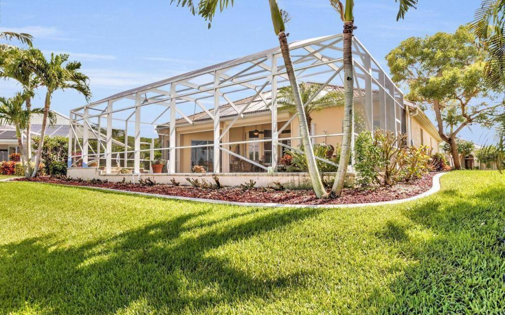 5512 Harbour Cir, Cape Coral - Estate Home For Sale 507431381