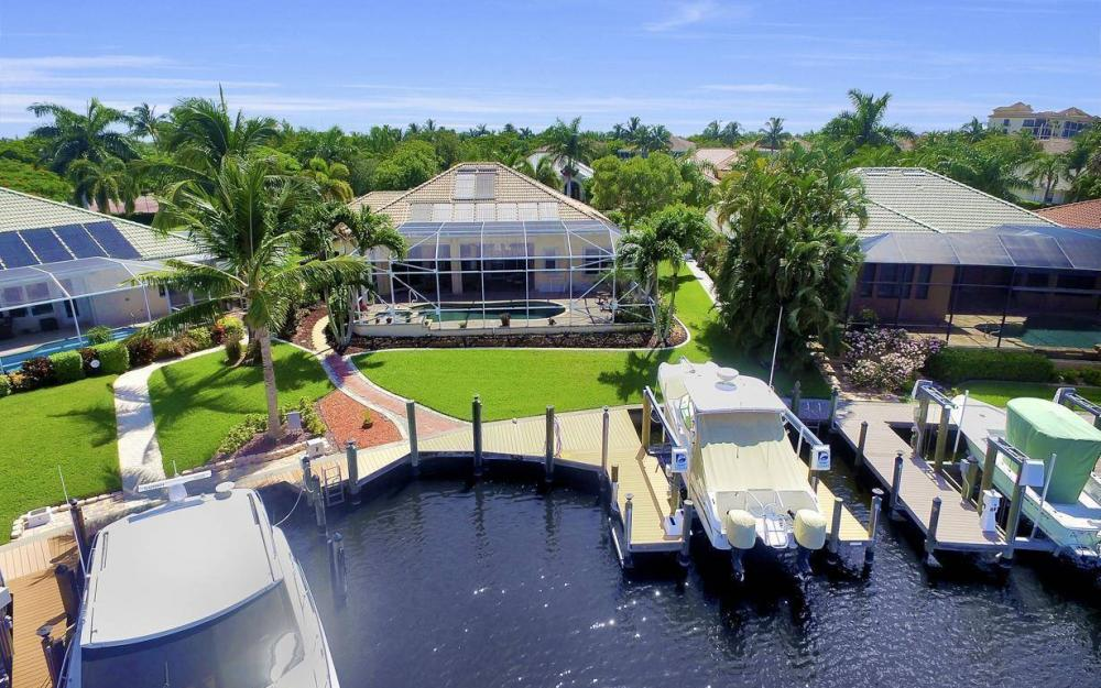 5512 Harbour Cir, Cape Coral - Estate Home For Sale 640332881